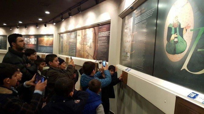 Güneydoğulu Çocuklar Başkan Demircan'ı Ziyaret Etti