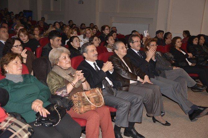 Tepebaşı'nda Kadınlar Korosundan Konser
