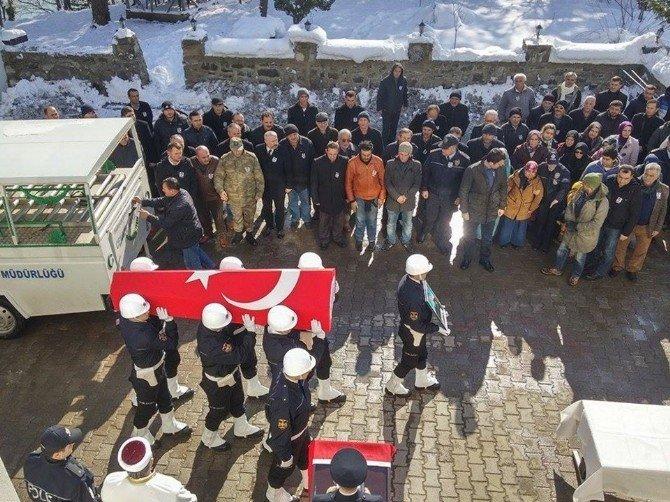 Polis Memuru Kansere Yenik Düştü