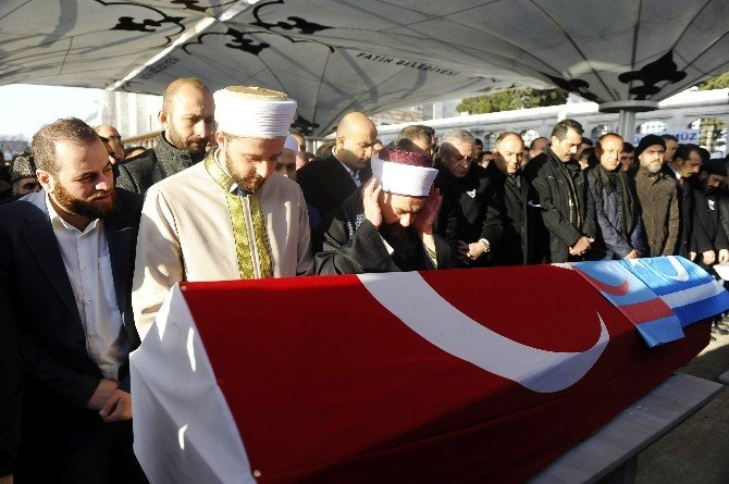 Rus Bombardımanında Hayatını Kaybeden MHP'li İbrahim Küçük Son Yolculuğuna Uğurlandı