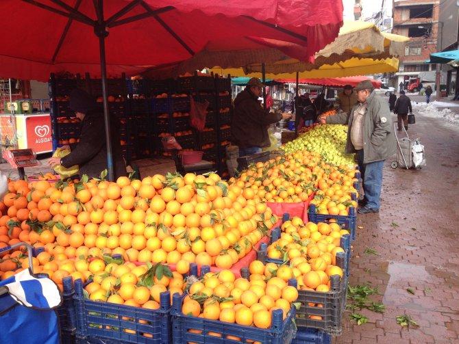 Kar yağışı sebze fiyatlarını artırdı
