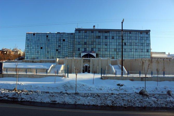 Van'ın kalp hastanesi yıkılıyor