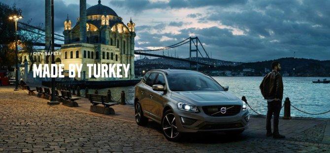 Volvo'nun 'Türkiye yaptı' reklamı İsveç'te billboardları süslüyor