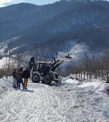 Kabadüz'de Kar Esareti