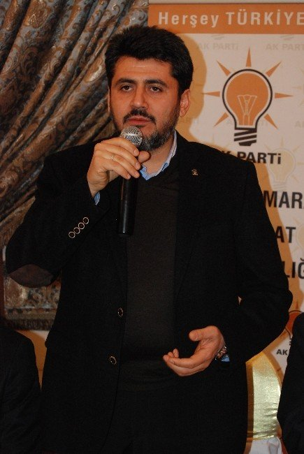 AK Parti İl Teşkilatı Yeni Yönetimi Basına Tanıttı