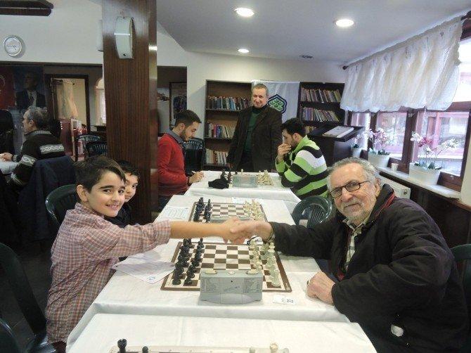 2016 Bakırköy İlçe Satranç Birincisi Cihan Zümrütoldu
