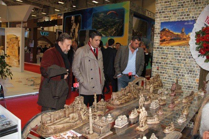 Döşemealtı Belediyesi İlk Kez EMITT Fuarında