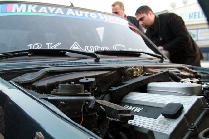 Şahin'e BMW motoru taktı, 240 yapınca yakalandı
