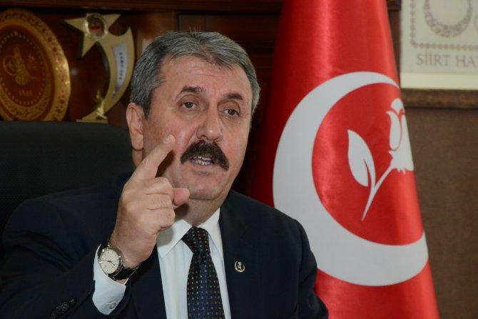 Destici: Hükümet, Bayırbucak Türkmenleri'ni mutlaka o masaya oturtmalı