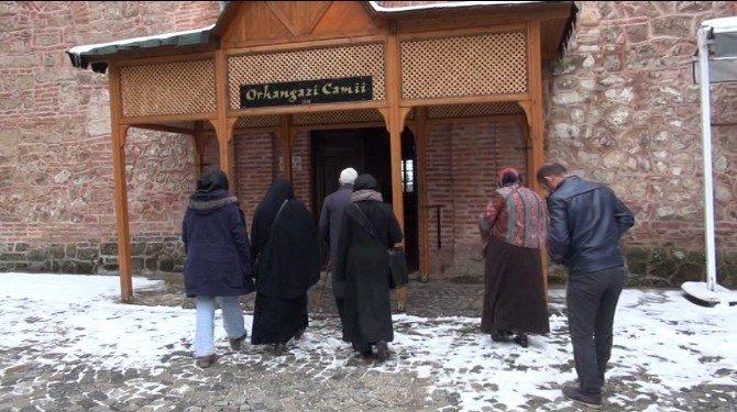 624 Senelik Caminin Kıblesinde Milim Şaşma Yok