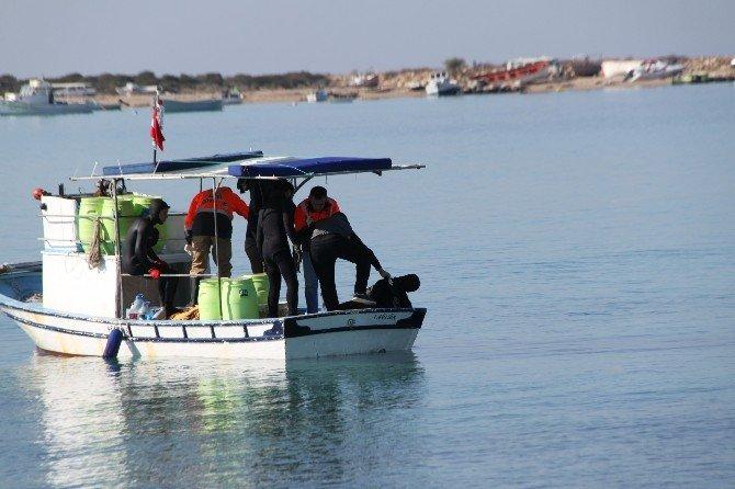 Denizde Ölen Balıkçıyı Dalgıçlar Buldu