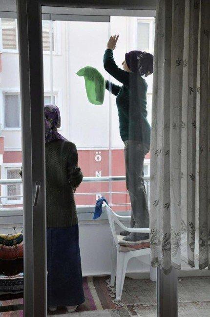 Amasya Belediyesi'den 65 Yaş Üstüne 'Evde Temizlik'