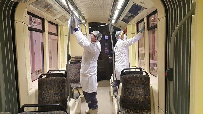 Eskişehir'de domuz gribine karşı tramvaylar ilaçlandı