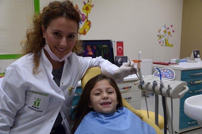 Tepebaşı'nda Çocuklar Sağlıklı Gülümsüyor