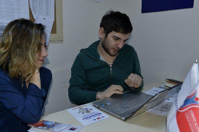 Gençbank Projesi Tepebaşı İle Eskişehir'de