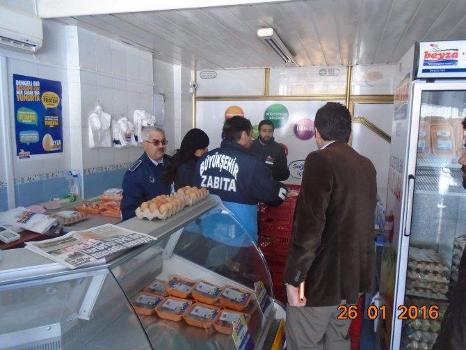 Hatay'da zabıta ekipleri Altınözü'nde 70 iş yerini denetledi