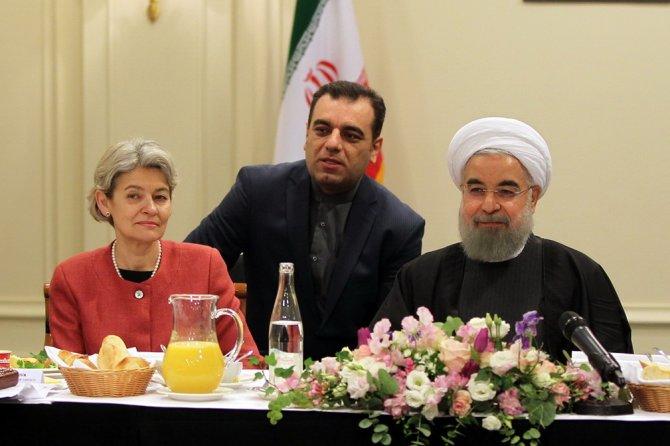 Ruhani, UNESCO şefi ile görüştü