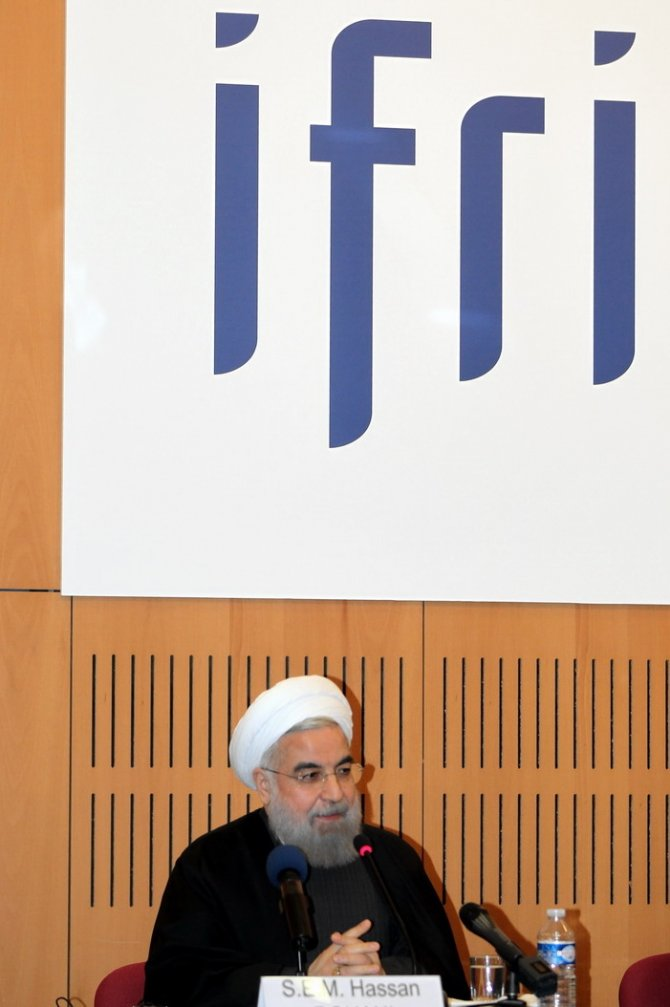 Ruhani: Mültecileri ağırlama tecrübemiz Avrupa'ya örnek olabilir