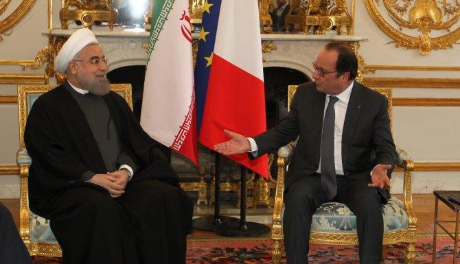 Ruhani, Hollande ile bir araya geldi