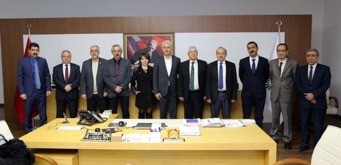Karabağlar Belediyesi memurlarına bin 236 lira ek ödeme yapacak