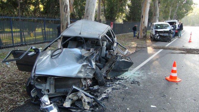 İzmir'deki kazalarda 3 kişi öldü 3 kişi yaralandı