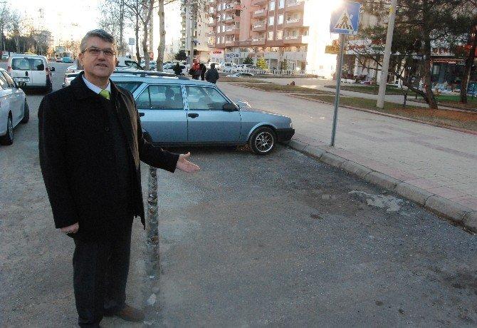 14 Yıldır Kayıp Otomobilini Arıyor