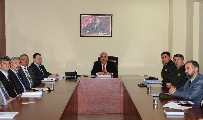 Adana'nın Trafik Güvenliği Stratejisi Masaya Yatırıldı