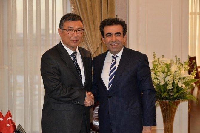 Kore Başkonsolosu'ndan Vali Güzeloğlu'na Ziyaret