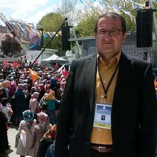 Gazeteci Sedat Özalp Gediz'de Toprağa Verildi