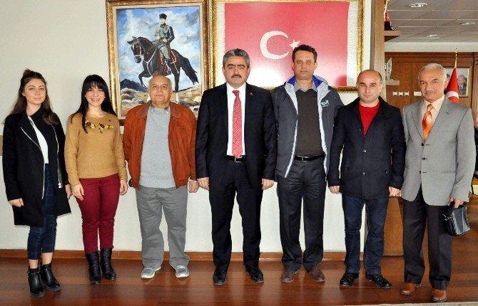 Mimarlar Odası Başkanı Ve Yönetimi Başkan Haluk Alıcık'ı Ziyaret Etti
