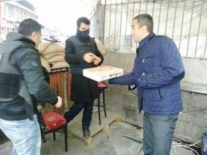 Anadolu Selçuklu Ocakları'dan, Operasyondaki Güvenlik Güçlerine Moral Ziyareti