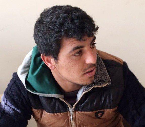 Oto Teyp Çalan Hırsızlar Polisten Kaçamadı