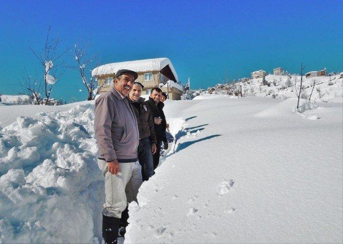 Rize'de Son 30 Yılın En Sert Kışı Yaşanıyor