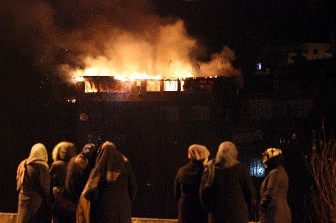 Yenice'de Ev Yangını: 1 Ölü