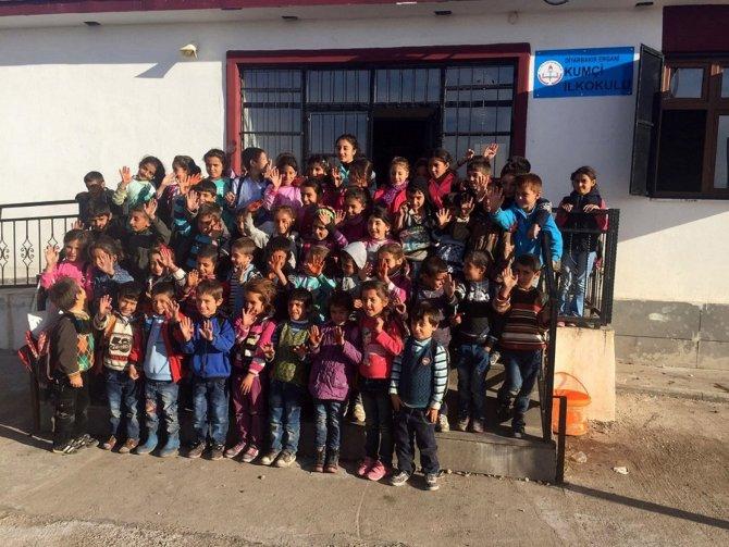 Adana Büyükşehir Belediyesi'nden Ergani'deki öğrencilere destek