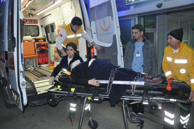 Adana'da Trafik Kazası: 5 Yaralı