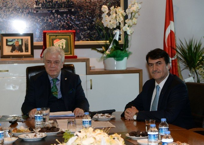 Bursaspor Kulübü Başkanı Ay'dan Battalla Müjdesi