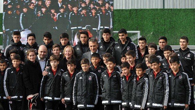 Bjk Fulya Şan Ökten Tesisleri'nin Yenileme Çalışması Başladı