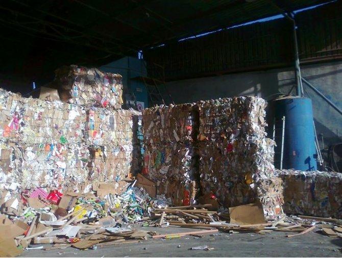 Piyasaya sürülen kağıdın üçte biri çöpten toplanıyor