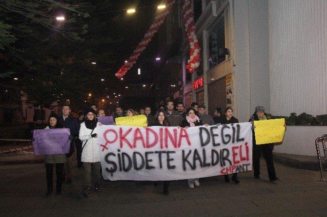 CHP Gençlik Kollarından Mizansenli Tecavüz Eylemi