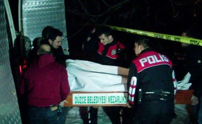 Düzce'de 3 Kişi Vahşice Öldürülmüş Halde Bulundu