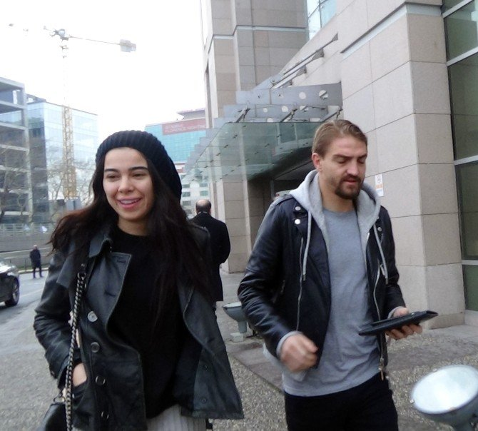 Fenerbahçeli Caner Erkin İle Asena Erkin Boşandı