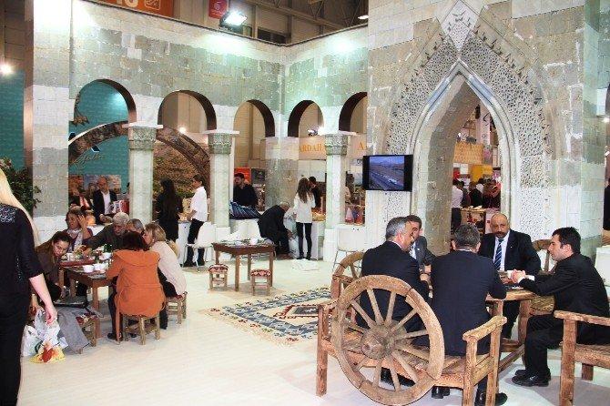 Iğdır, Ejder Kervan Sarayı İle Tanıtılıyor