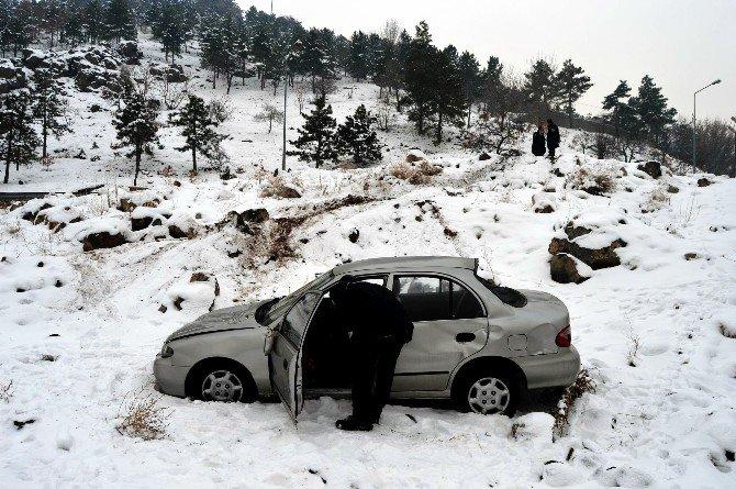Babasının Otomobili İle Kaza Yapan Genç Kayıplara Karıştı