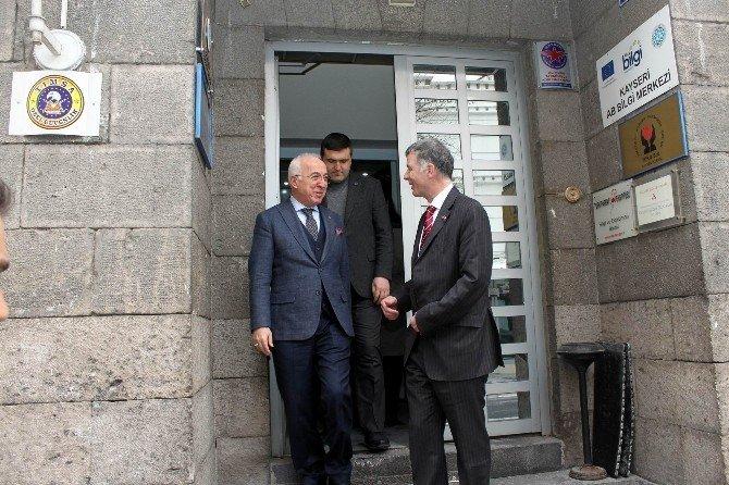 İngiltere Büyükelçisi Moore, KTO'yu Ziyaret Etti