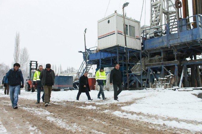 Kuluncak'ta Termal Sıcak Su İçin Sondaj Sonuçları Bekleniyor