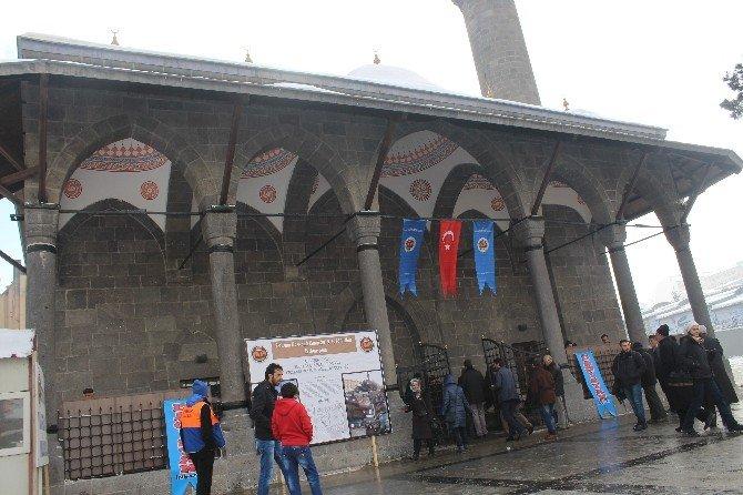 Erzurum Narmanlı Camisi Törenle İbadete Açıldı