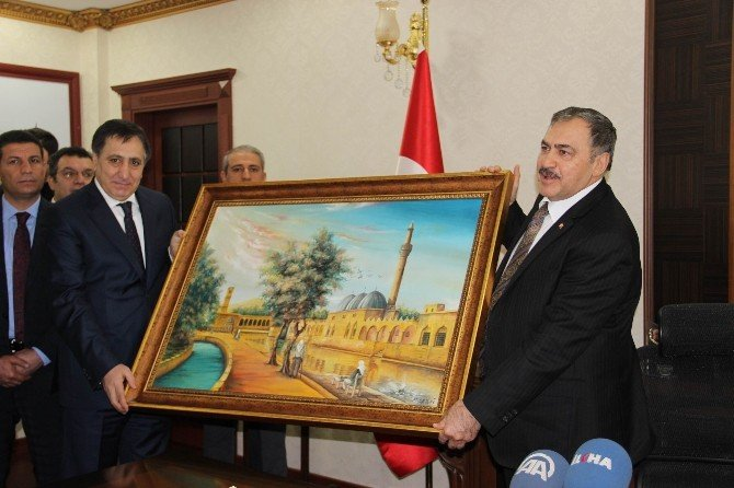 Bakan Eroğlu Şanlıurfa'ya Yatırımlarla Geldi