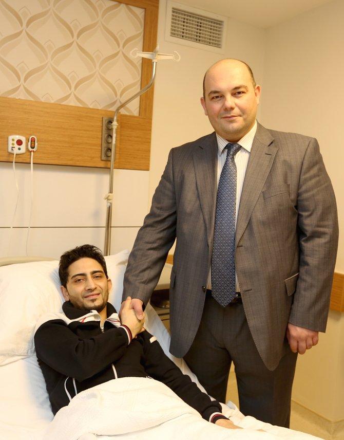 Ortadoğu'nun Tatlıses'i Al-Ali, Şifa Üniversitesi Hastanesi'nde ameliyat oldu