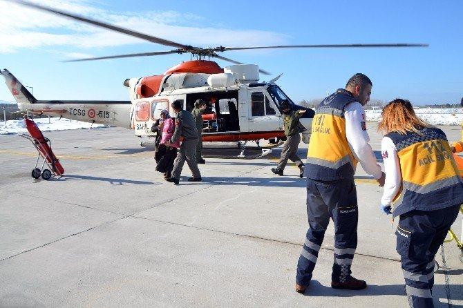 Hamile Kadın Sahil Güvenlik Helikopteri İle Hastaneye Yetiştirildi